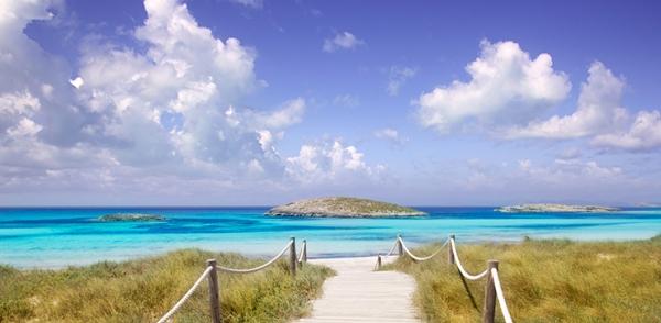 Exclusief privé-eiland voor de kust van Ibiza te koop